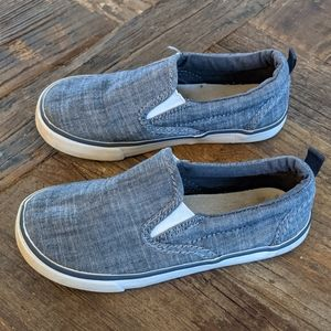 GAP Boys Chambray Slip Ons Size 10